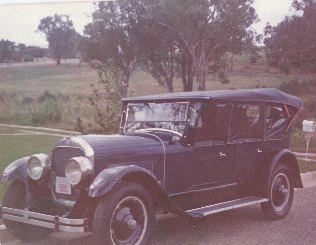 chris-nicholes-1974pic-1925flintcar