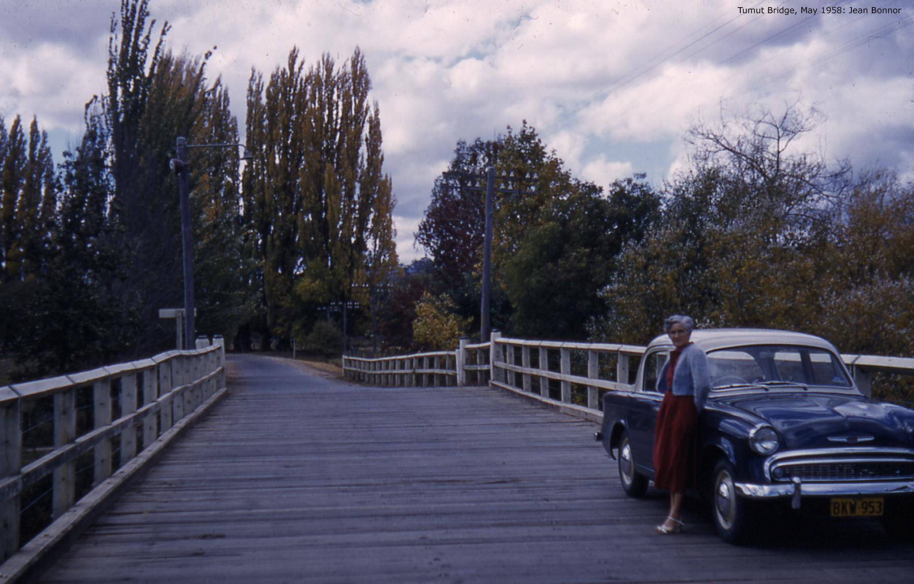 ChrisBonnor-1954Tumut Bridge