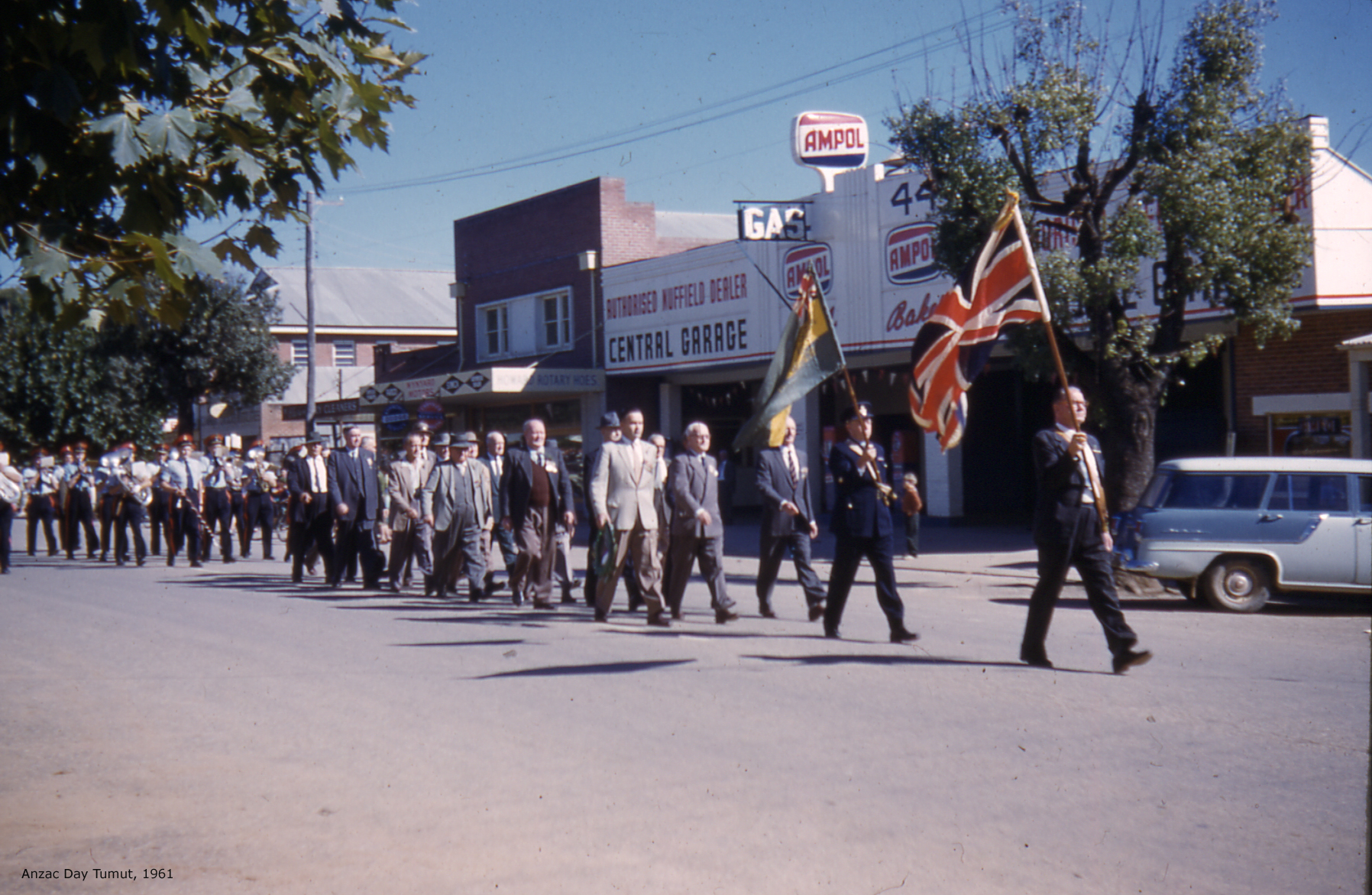 ChrisBonnorAnzac Day 1961
