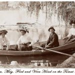 Boating on the Tumut River