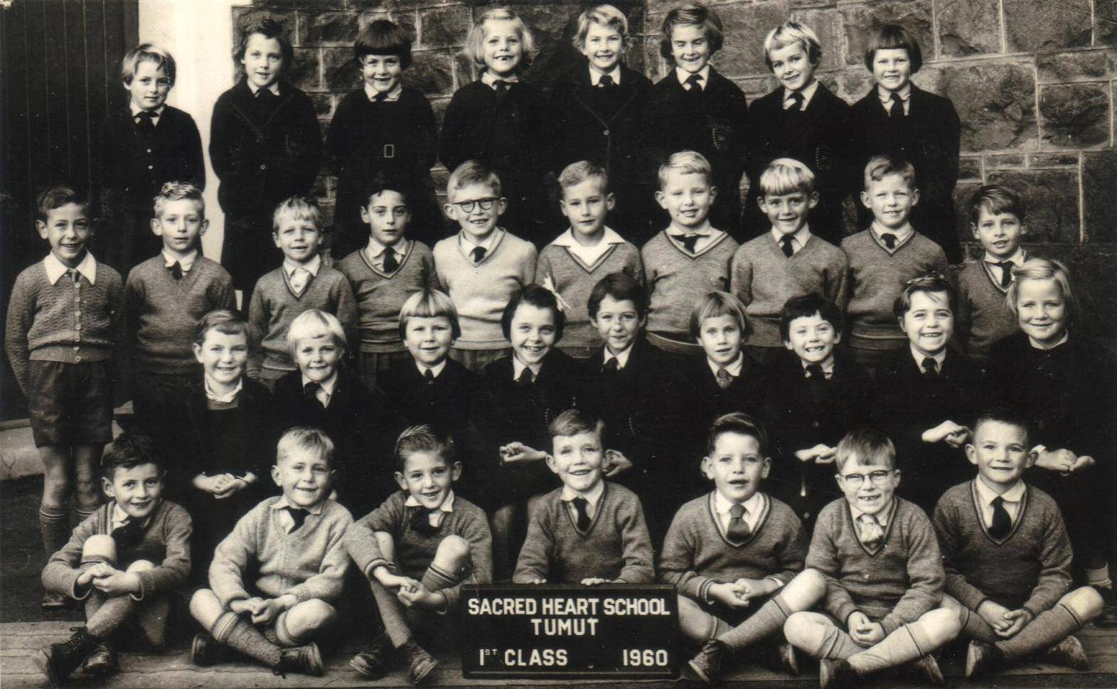 1st class at the sacred heart school 1960 lost tumut